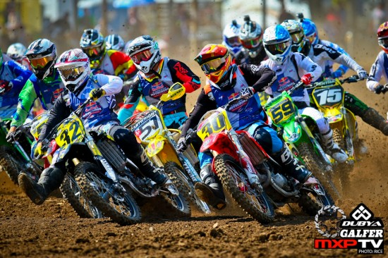 Josh Cartwright battles for position on his way to a national championship in the College Boy Class.
